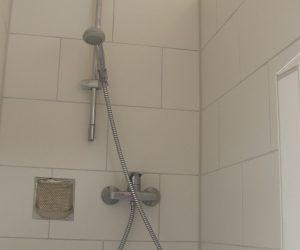 Dusche in der Ferienwohnung Wattwurm in Carolinensiel